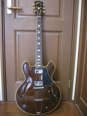 Gibson ES335TDW (early 70's)