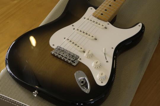 FENDER American Vintage '57 Stratocaster 2-Color Sunburst